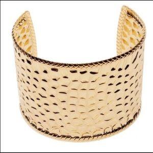 COPY - Gold cuff bracelet